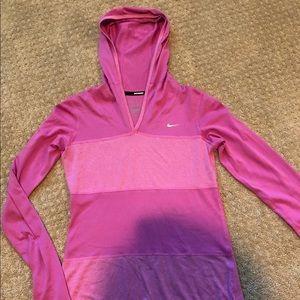 Women's small Nike dri fit pullover small top